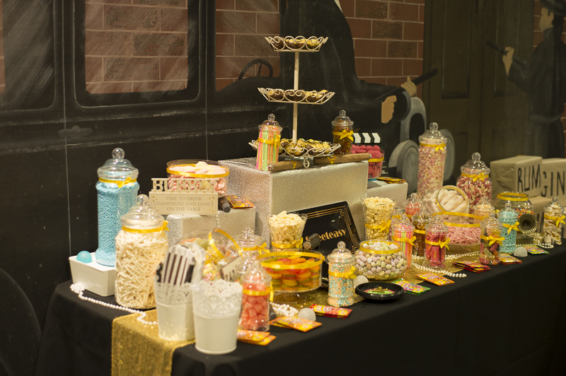 Corporate Dinner Great gatsby sweet table (1)