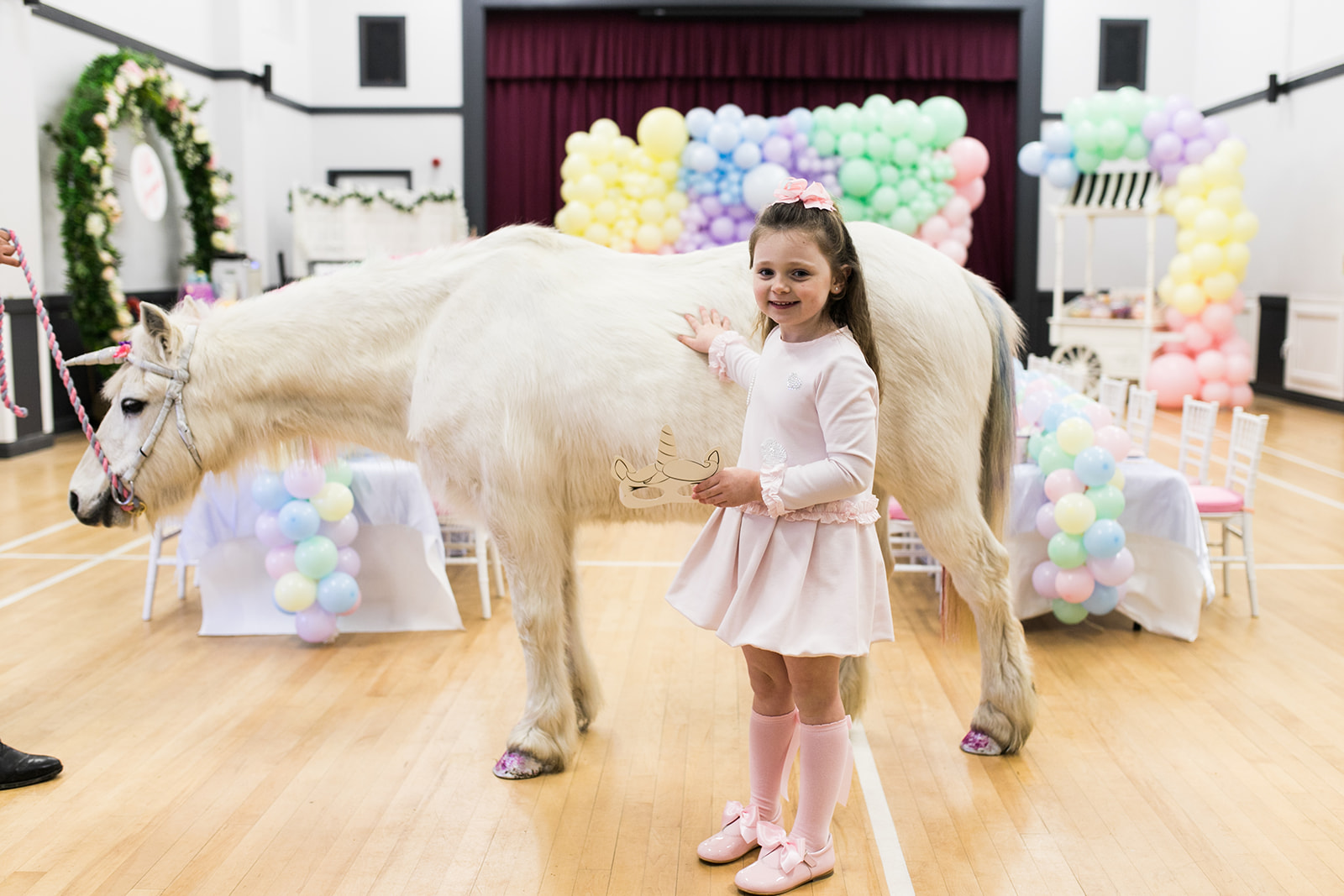 Unicorn Birthday Party - Flutterbeemee
